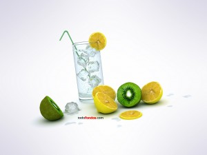 Postal: Refresco con limón y kiwi
