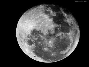 Postal: Luna terrestre