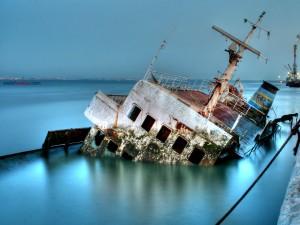 Postal: Barco hundido
