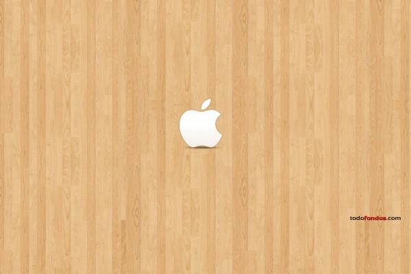 Logo de Apple sobre madera