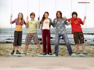 Postal: Personajes de Hannah Montana