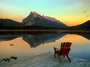 Postal: Lago Vermilion, en el Parque nacional Banff (Canada)