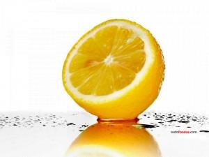 Postal: Un limón