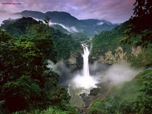 Postal: Cataratas San Rafael (Ecuador)