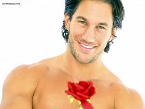Hombre con una rosa
