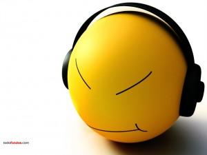 Postal: Smiley escuchando música