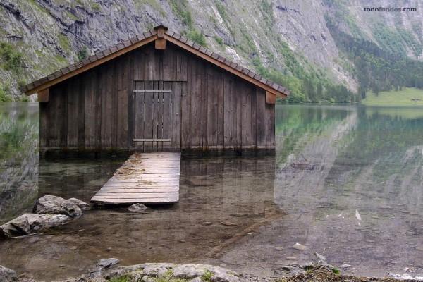 Cabaña en el lago Obersee (Alemania)