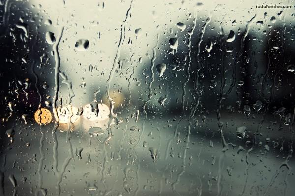 Lluvia sobre el cristal