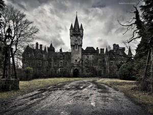 Postal: Castillo de Decay
