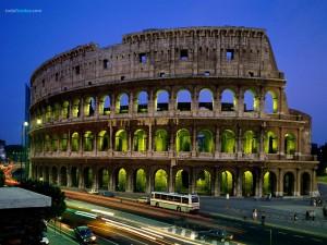 El Coliseo de Roma al atardecer