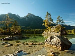 Postal: Lago Hintersee, en el Parque Nacional de Berchtesgaden, Baviera (Alemania)