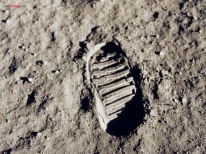 Postal: Pisada del hombre en la Luna