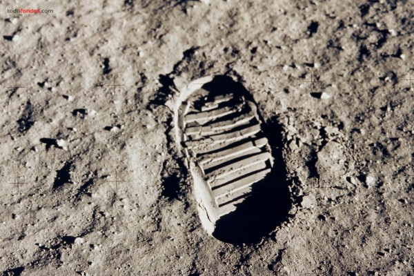 Pisada del hombre en la Luna