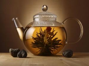 Postal: Infusión de la flor del té blanco