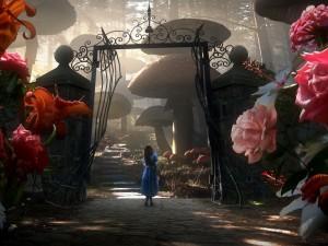 Postal: Alicia en el país de las maravillas (2010)