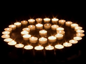 Postal: Círculos de velas