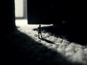 Postal: Persona en miniatura