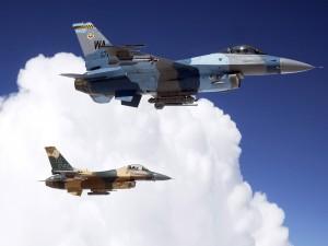 Pareja de F-16