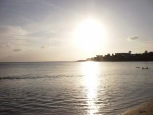 Atardecer en la playa de Cienfuegos (Cuba)