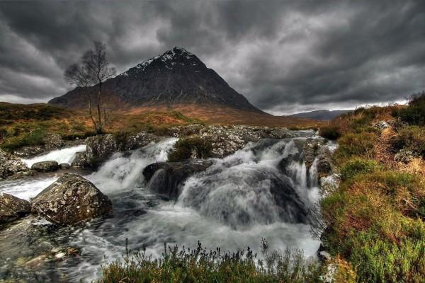 Glen Etive, un valle en las Tierras Altas de Escocia