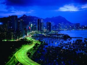 Postal: Hong Kong acelerado