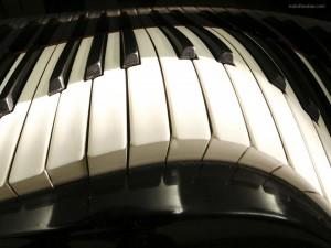 Teclado de piano deforme