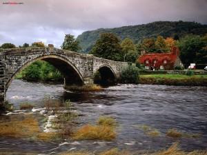 Postal: Puente de Llanrwst, río Conwy, Gales