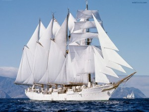 Navío Juan Sebastián Elcano