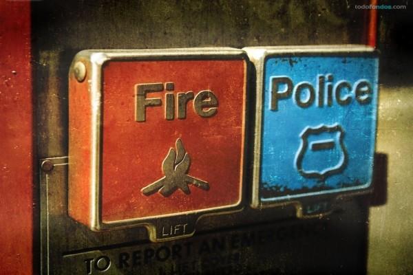 ¿Bomberos o Policía?