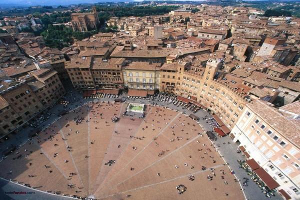 Piazza del Campo (Siena, Italia)