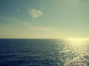 La línea entre el cielo y el mar