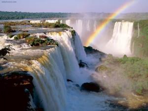 Postal: La Garganta del Diablo, en las Cataratas del Iguazú