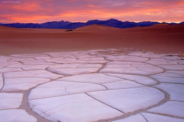 Formaciones de arcilla en el Valle de la Muerte (California)