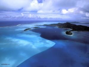 Aguas azules, en Bora Bora