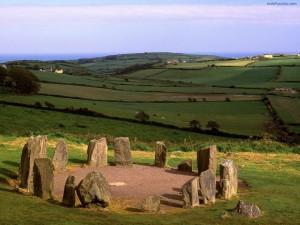Postal: Círculo megalítico de Drombeg (Irlanda)