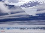 Nubes en las montañas heladas