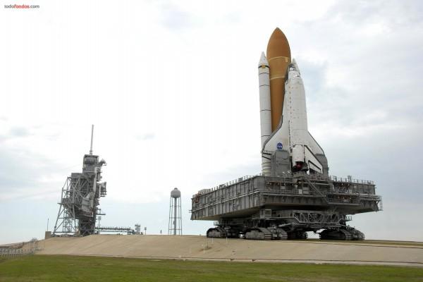 Transportando la lanzadera espacial