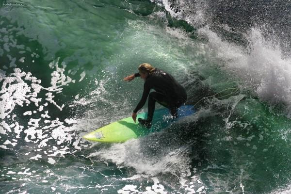 Surfeando en aguas verdes