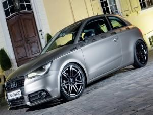 Postal: Audi tuneado