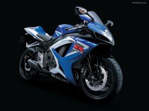 Postal: Suzuki GSX-R750