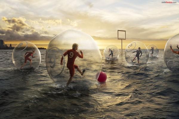 Fútbol acuático en el mar
