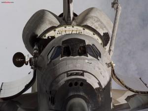 Postal: Frontal del transbordador espacial