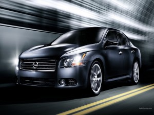 Nissan negro