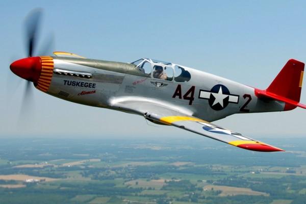 Avión caza de la Segunda Guerra Mundial