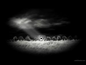 Postal: Casita iluminada desde el cielo