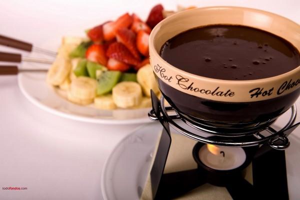 Fondue de frutas con chocolate