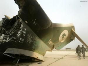 Restos de un avión derribado