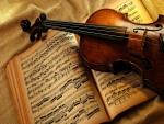 Violín y partitura