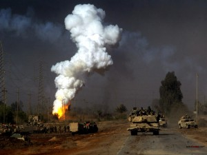 Carros de combate en zona de guerra