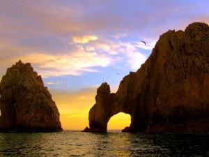 Postal: El Cabo San Lucas (en México) al atardecer